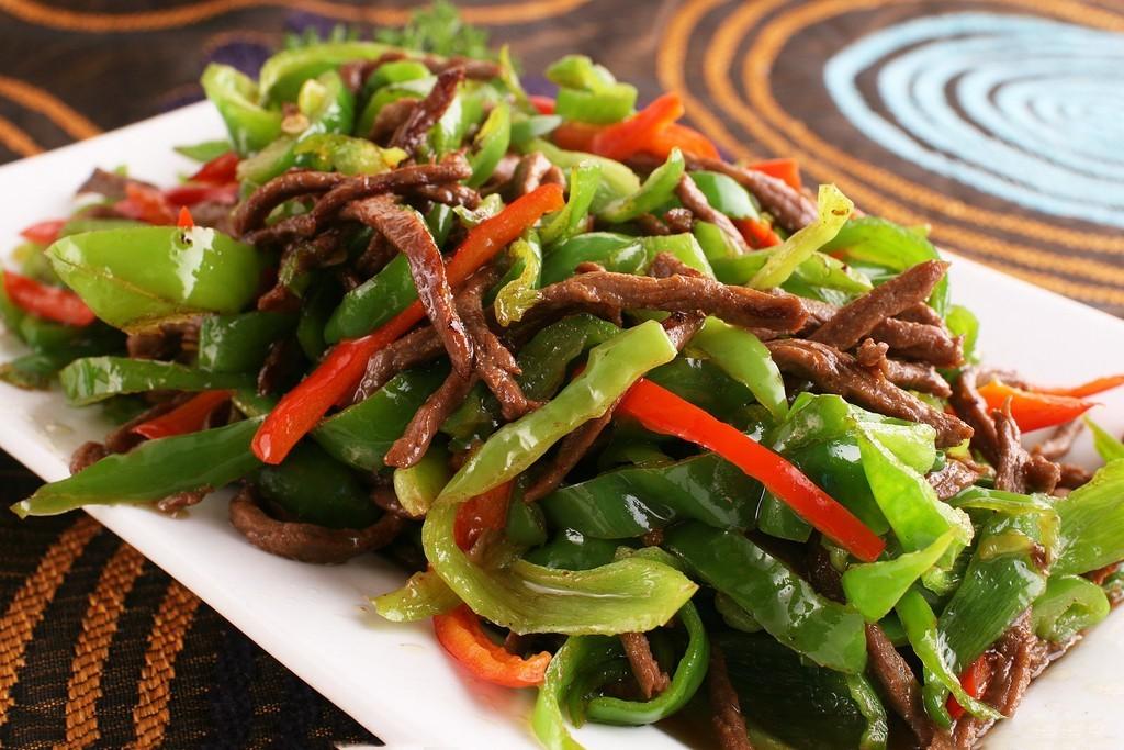 青椒牛肉丝-科尔沁牛业之美食厨房