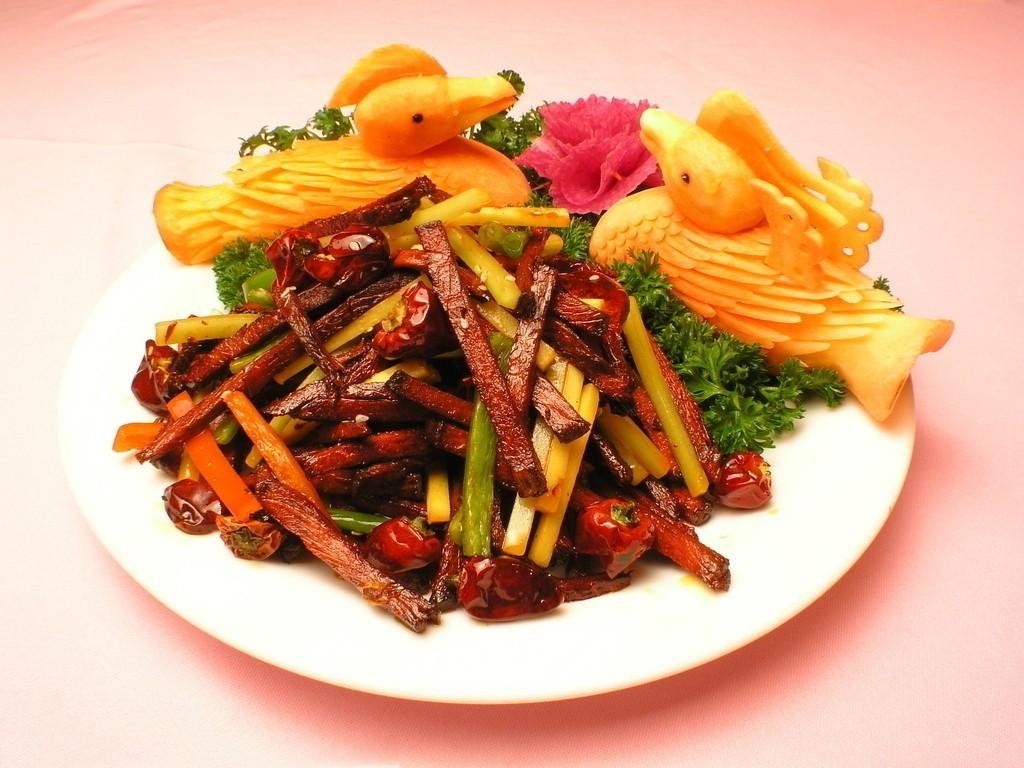 干煸牛肉丝做法-科尔沁牛业美食厨房1